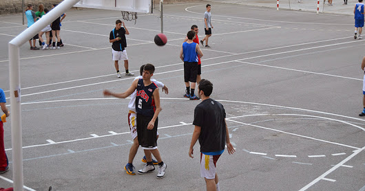 Curs12-13_Nit_esport