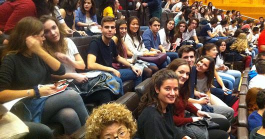 Curs 16-17 Sortida Teatre BAT